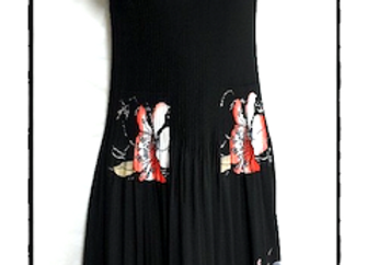 Black Pleated Large Flower Patterned Short Sleeved Dress