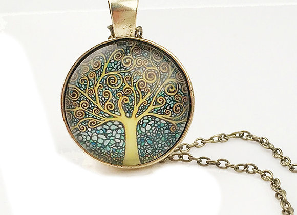 Tree Pattern Round Pendant Chain Necklace