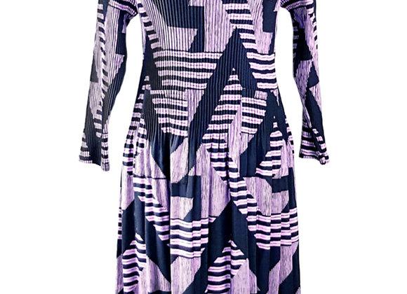 Pale Purple Pleated Diagonal Patterned Elasticated Dress
