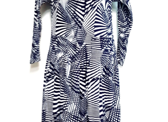 Pleated Navy Blue Line Splitting Patterned Elasticated Dress