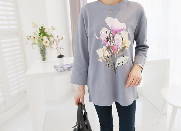 Stylish Long-Sleeved Flower Print T-Shirt