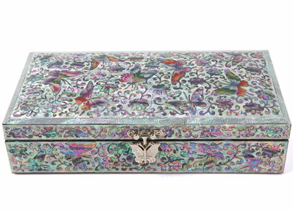 Single Compartment Chest Jewellery Box with Design of Butterflies
