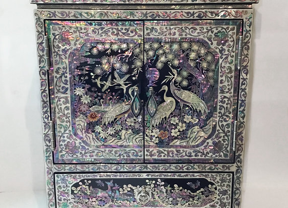 Mother of Pearl Large Chest Jewellery Box Inlaid with Cranes & Pine Tree Design