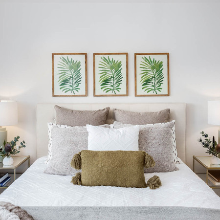 Botanical Guest Bedroom Styling