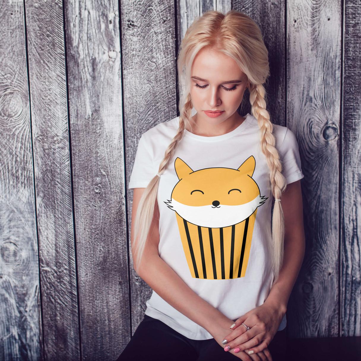 Foxy tshirt print girl for wix.jpg