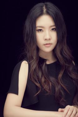 Chloe Mun Pic  (1)