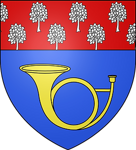 Armoiries de la Ville de Chantilly (Oise). Définition héraldique : « D'azur à un cor de chasse d'or, au chef cousu de gueules semé d'arbres d'argent ».