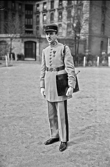 P. DUPONT 1927.jpeg