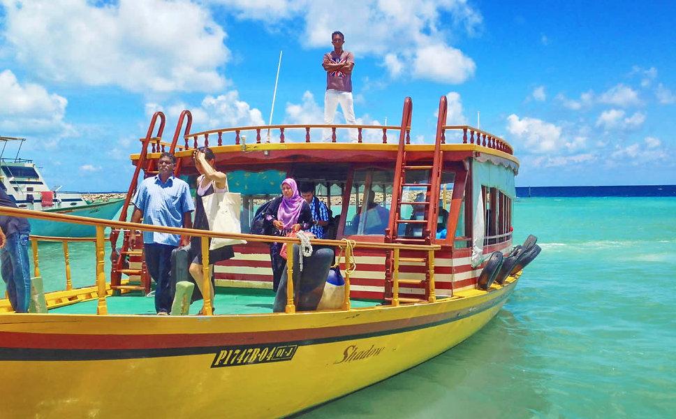 Ukulhas Public ferry transfer