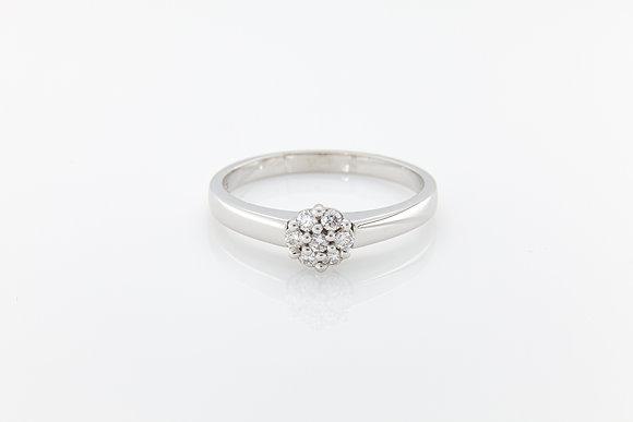 Round Brilliant Cluster Diamond Ring