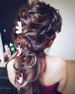 🌸🌸🌸 #sposa #wedding #matrimonio #bride #bridal #cerimonia  #updo #boho #прическа #trucco #behindt