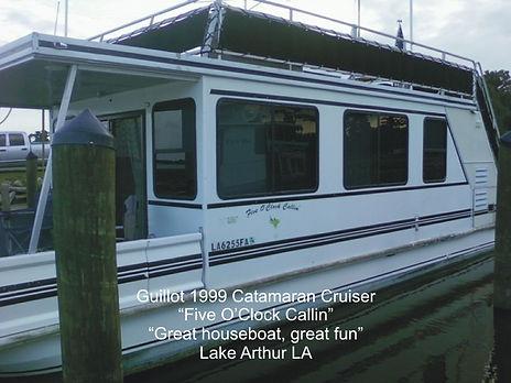 Catamaran Cruisers Houseboat