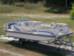 Catamaran Cruisers Scat Cat Deck Boat
