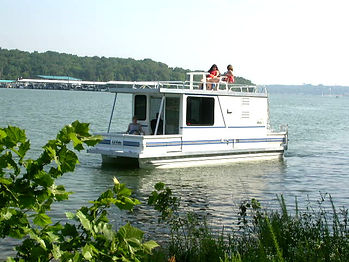 Catamaran Cruisers Trailerable Lil Hobo Houseboat