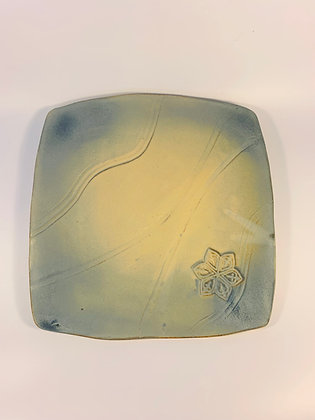 Square Plate with a Flower