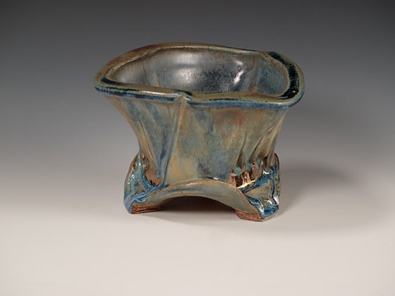 Short Triple Crown Vase