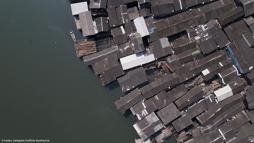 Dezenas de milhares de pessoas vivendo em condições subhumanas em pleno século XXI