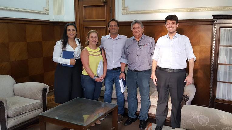Reunião com o Secretário Chefe de Gabinete, Silvio Alarcon e técnicos da COHAB Santista.