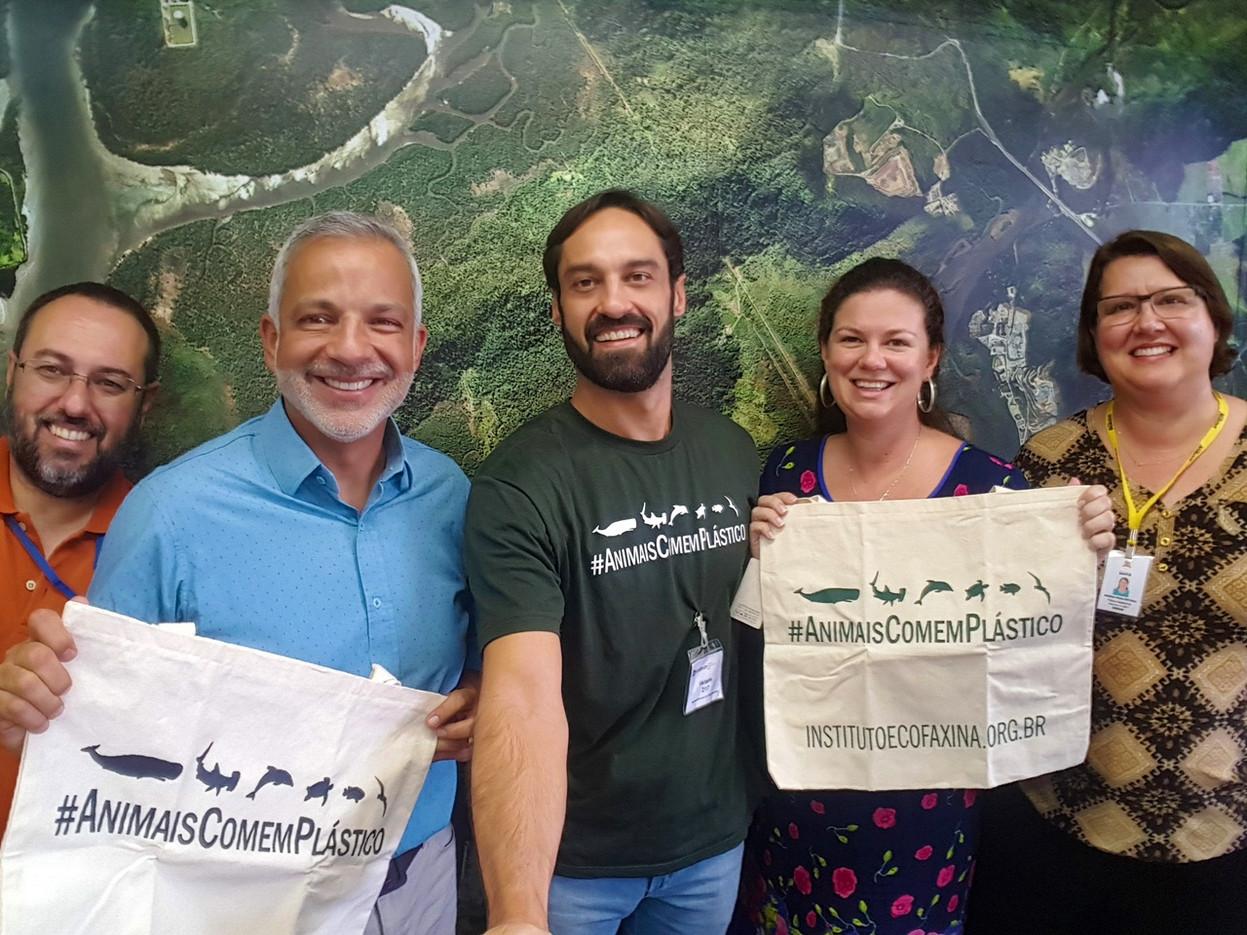 Reunião com o secretário do meio ambiente de Santos, Sr. Marcos Libório.