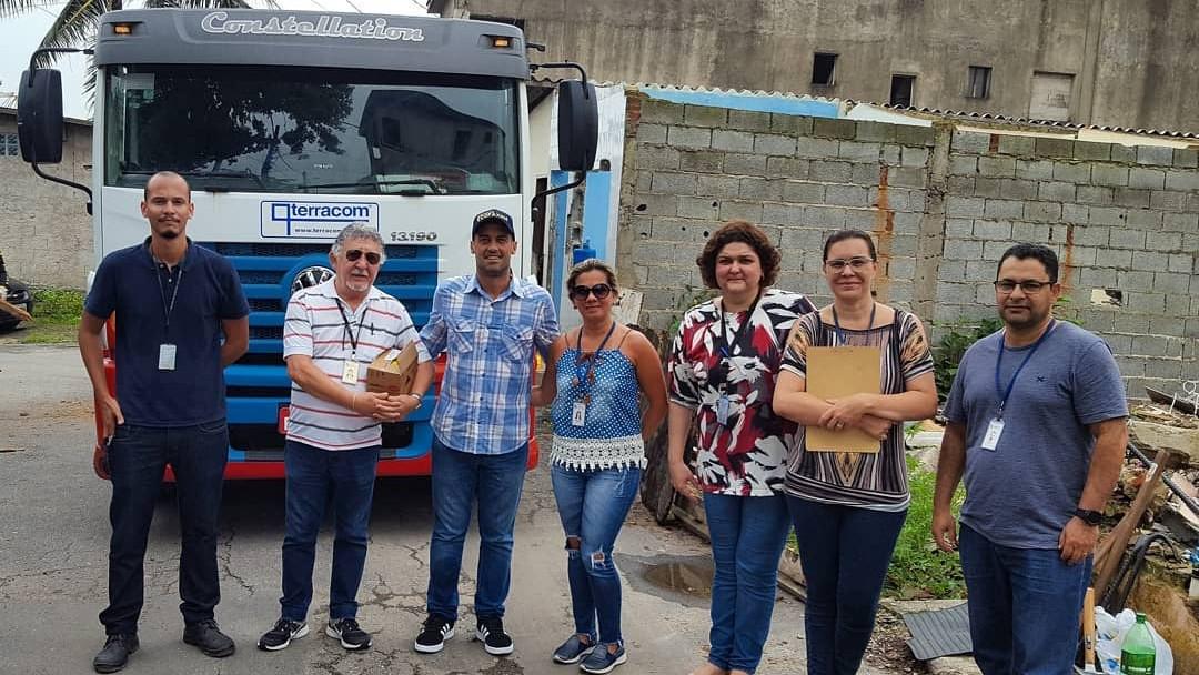 Visita técnica realizada em 11/12/2019 com técnicos da COHAB Santista e da Subprefeitura da Zona Noroeste para dar início a limpeza da área prevista para construção da base operacional das ecobarreiras.