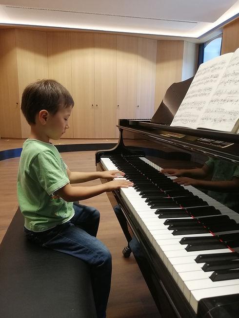 Klavierschüler_Grünwald.jpg