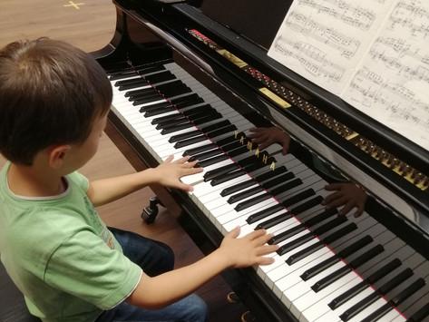 Schülerkonzert: Klavierschüler*innen von Pi-Jou Bossard 20'