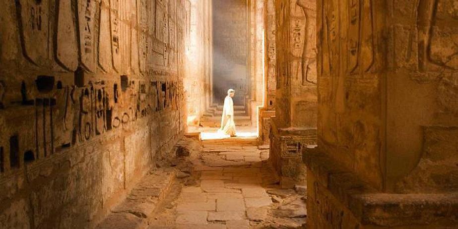 Walking in Temple 1600.jpg
