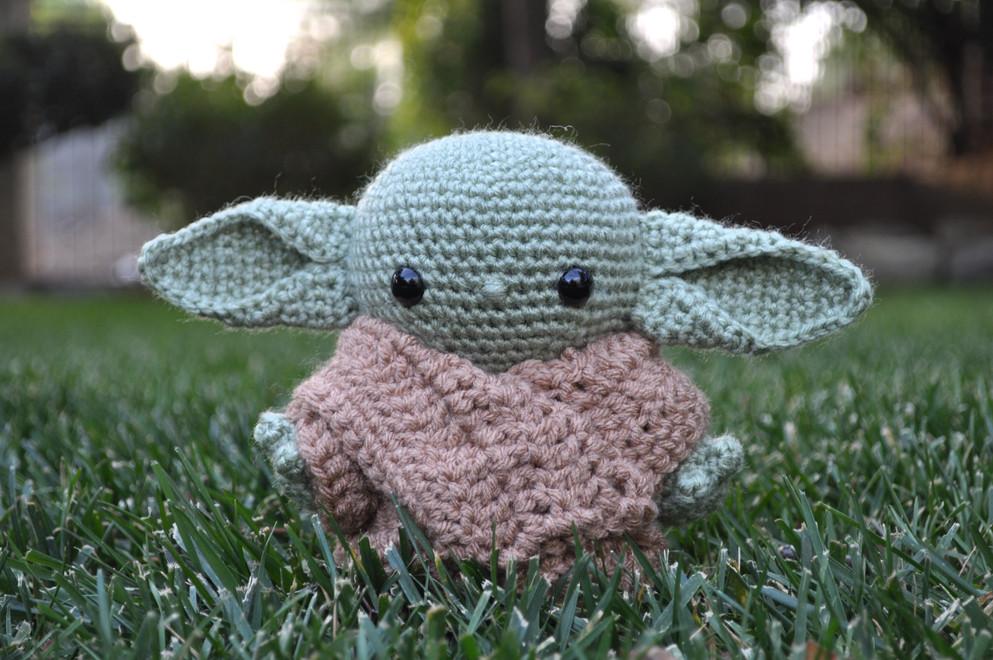 Mini Baby Yoda
