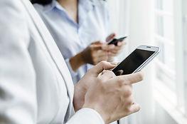 Mobiltelefon adás-vétel