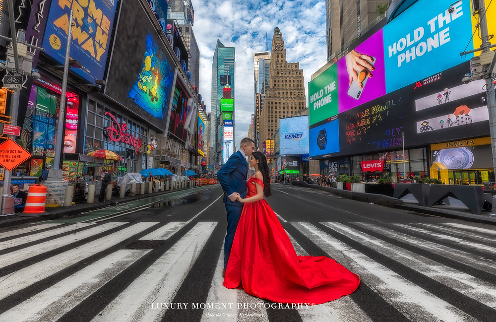 new york time square pre-wedding