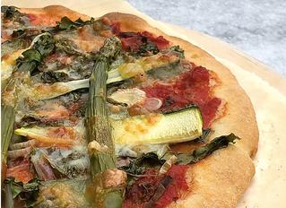 Glutenfreie Pizza mit Knusperboden