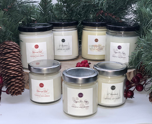 COCONUT WAX HOLIDAY CANDLE
