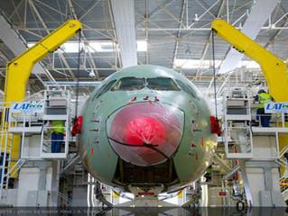 Boeing e Airbus fecham contratos bilionários