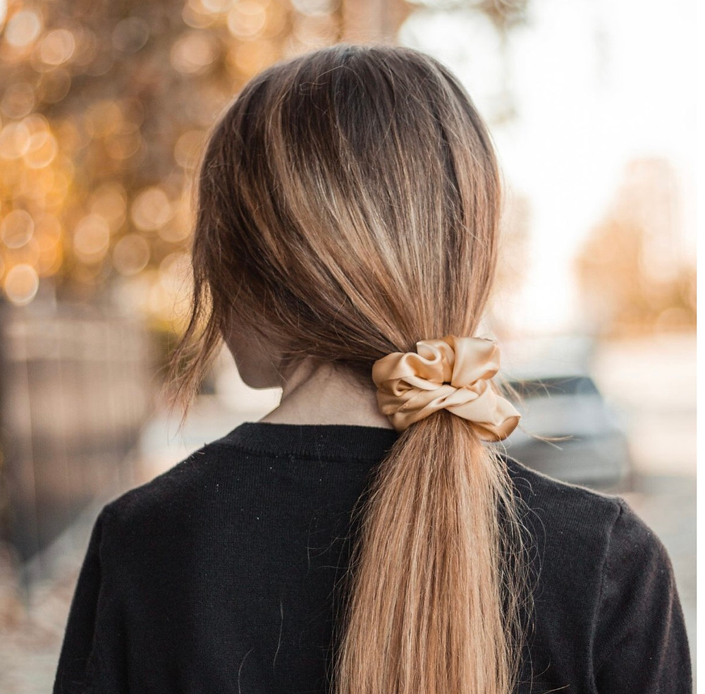 The benefits of silk scrunchies