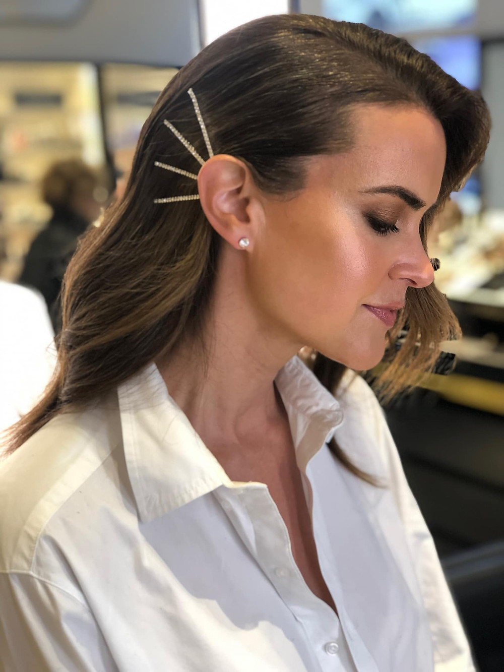 80s/90s Glamour is back - think hair pins, pearl hair clips and bling