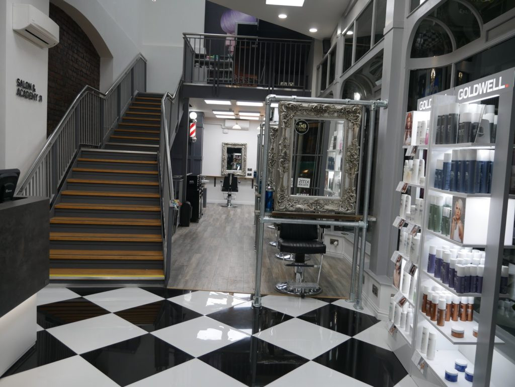 Barbers Ground Floor_Entrance Castle.jpg