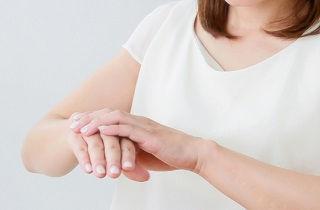 手荒れを予防する7つの対処法とは?「ヘナ」を活用するのもおすすめ!