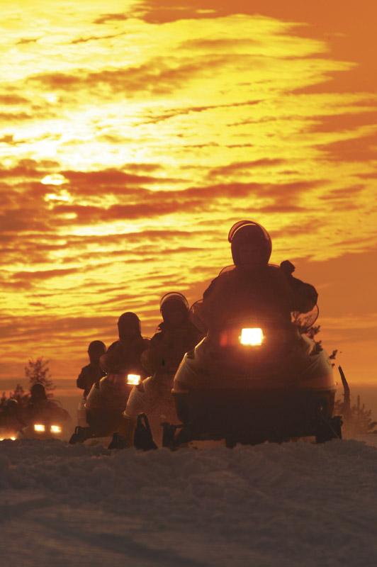 snowmobile_p35_1