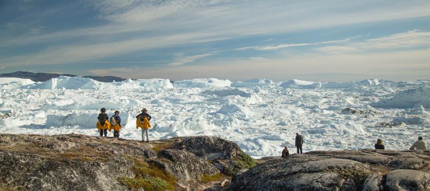Quark Expeditions_Essential Greenland_il