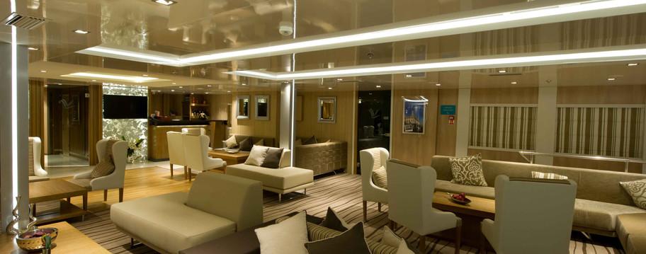 Voyager main lounge _ Reception.jpg
