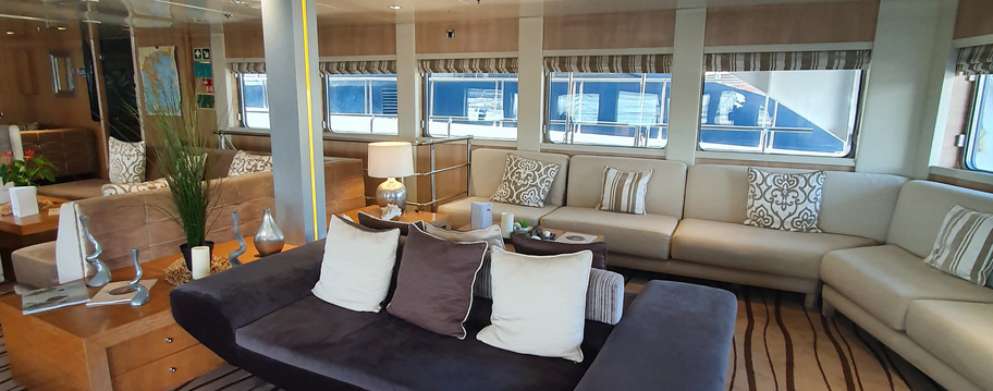 VARIETY VOYAGER MAIN LOUNGE AREA 2019 (3