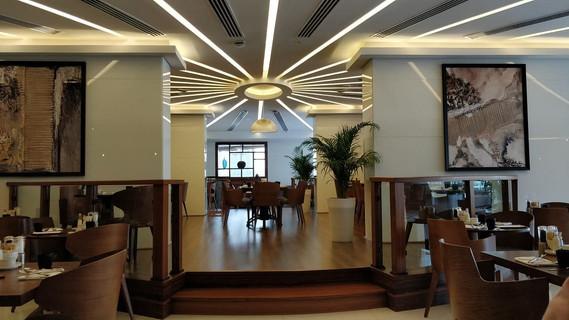 radisson-blu-hotel-dubai (8).jpg