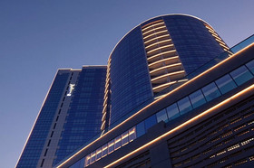radisson-blu-hotel-dubai (5).jpg