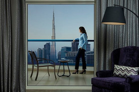 radisson-blu-hotel-dubai (6).jpg