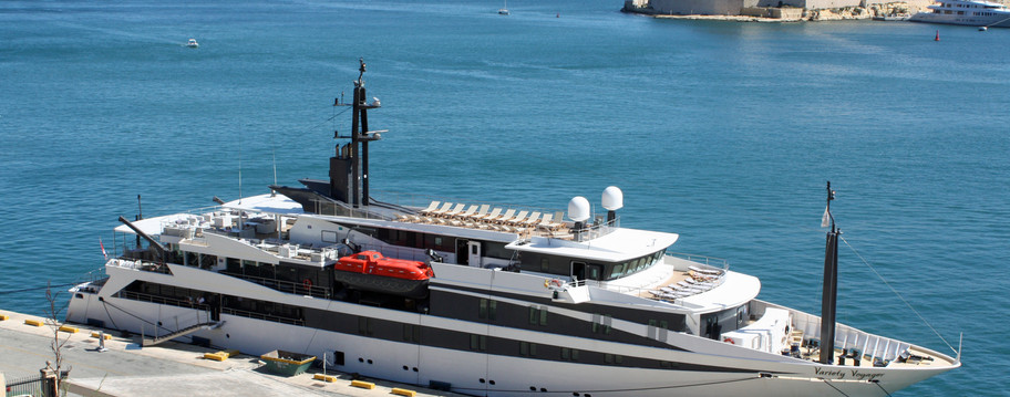 Voyager in Valletta.jpg
