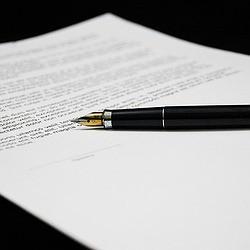 Firmar contratos