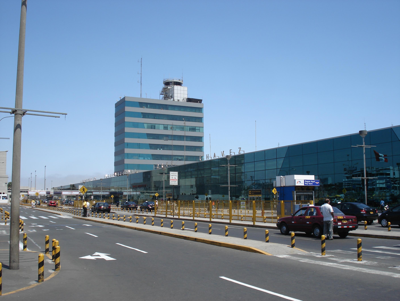 de Luchthaven van Lima ©Guy Vanackeren