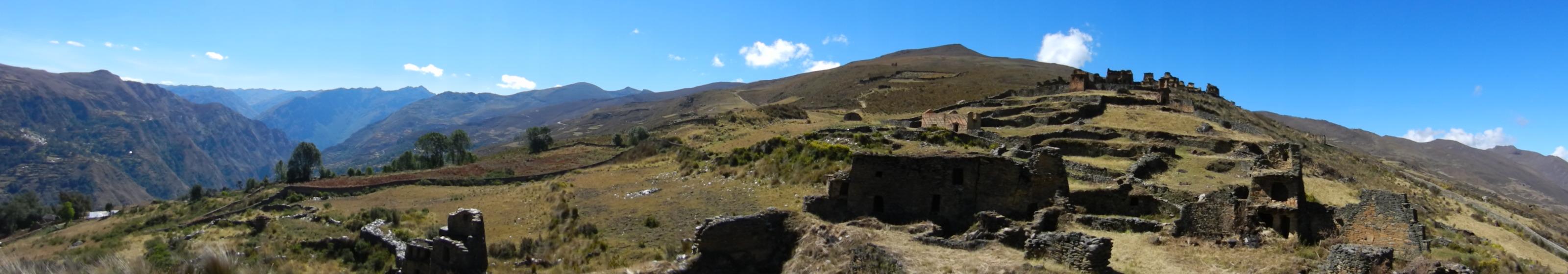 Ruines van Tantamayo ©Guy_Vanackeren