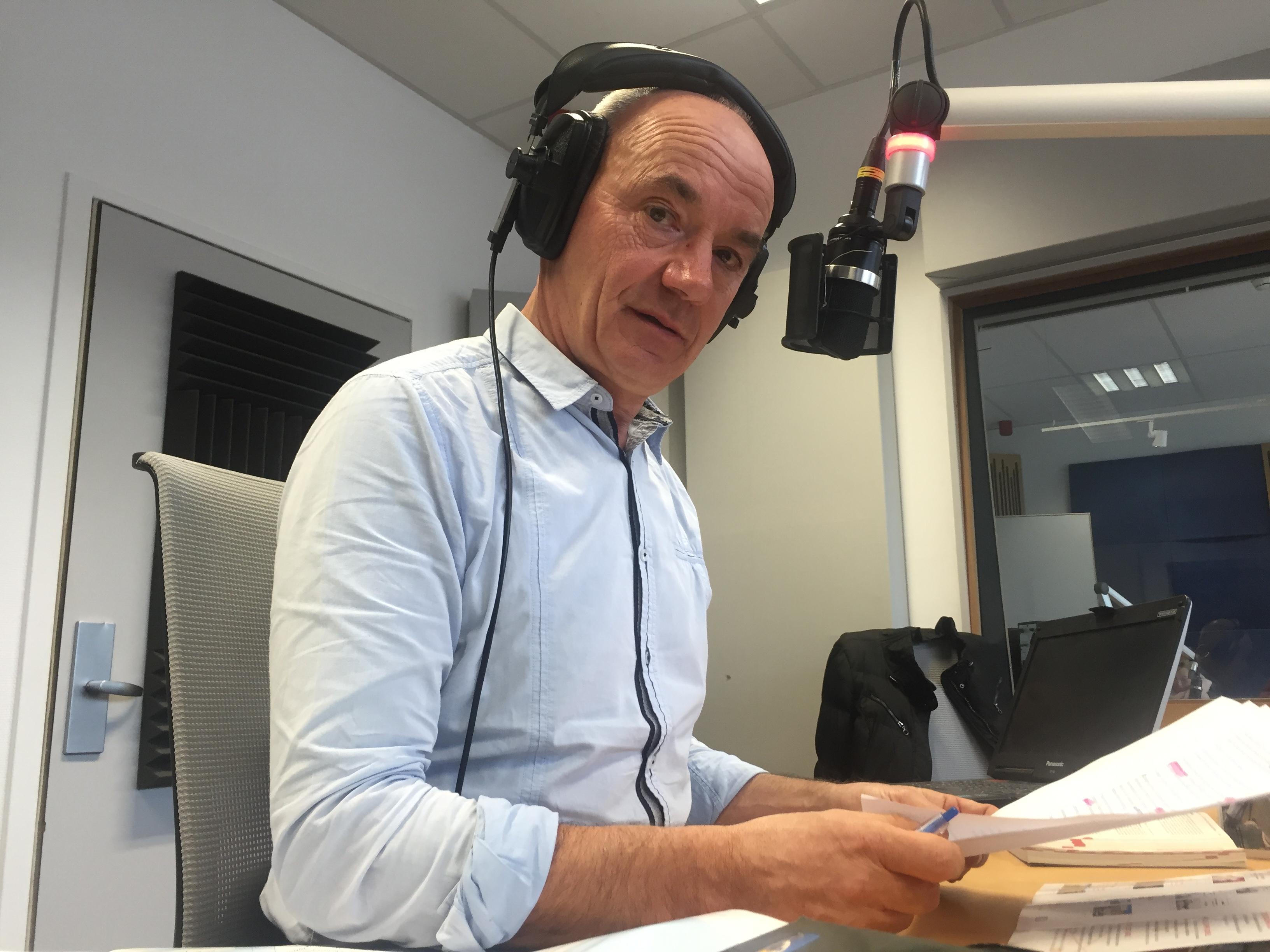 M. Adrien Joveneau en studio RTBF - Radio
