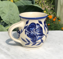 mug blue:white flowers 3a